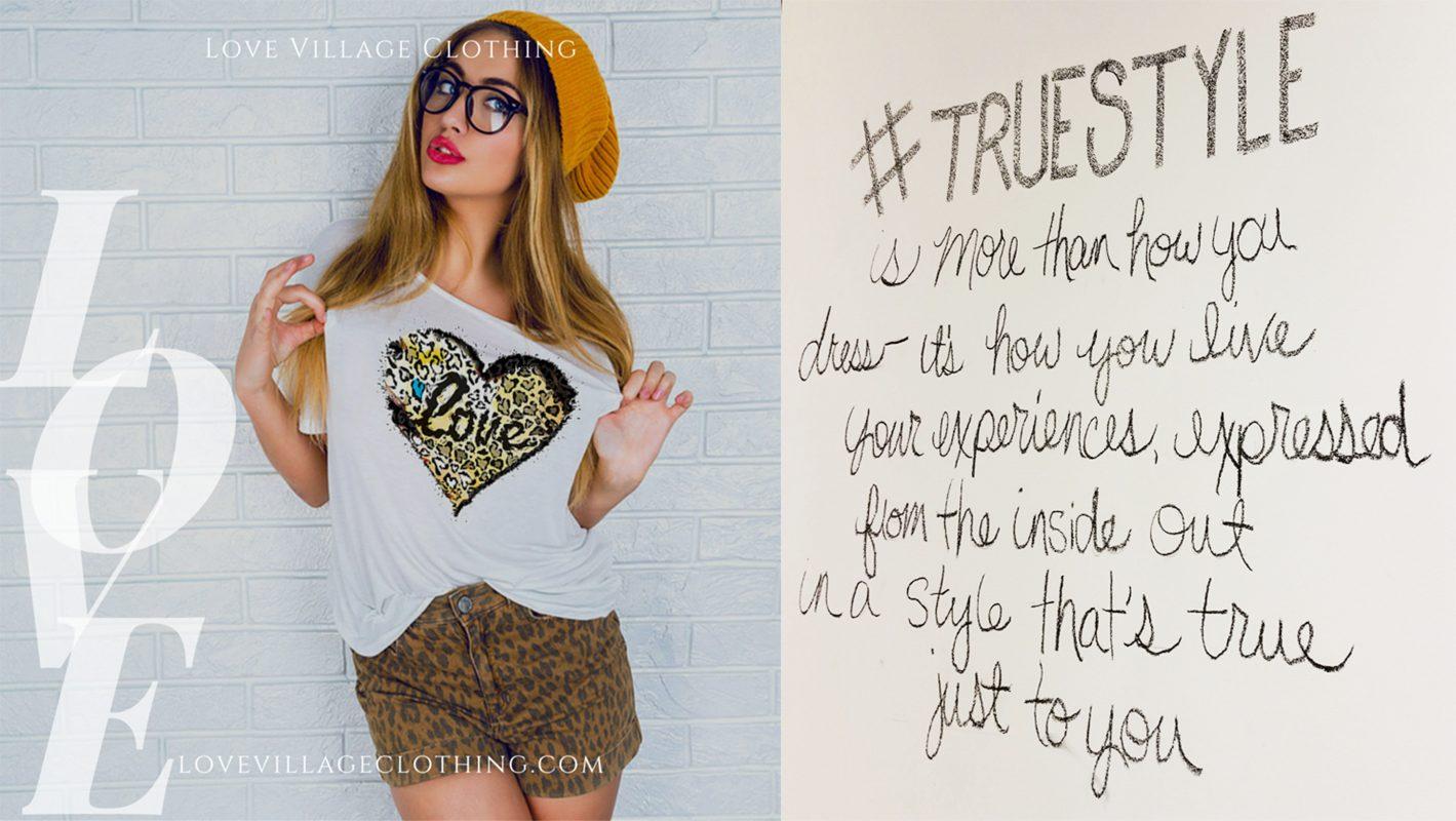 Fashionable Leopard Love Heart Graphic Tee